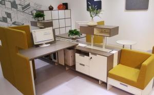 独立办公桌